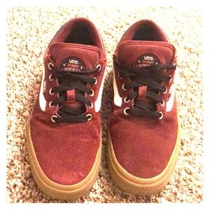 8.5 Gilbert Crockett P vans